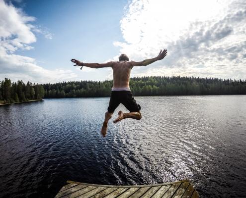 Glücklicher leben: Was wir dafür brauchen. Foto: tommaso fornoni / unsplash.com