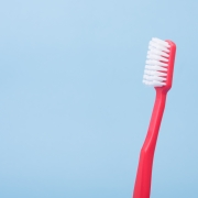 Reicht einmal täglich Zähne putzen? Foto:AlexonUnsplash